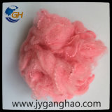 Polyester-Spinnfaser im Rosa