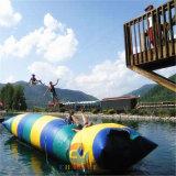 Lançamento inflável colorido da água da gota da água do PVC para esportes de água