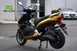 2017新しく熱く多彩なファッションモデル1800Wの電気オートバイ