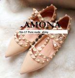 Chaussures plates en cuir nues de pompes cloutées par femmes de mode