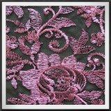 ポリエステル網の刺繍のレースの花によって刺繍されるレース