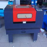 Laser 절단 기계장치와 조판공 기계