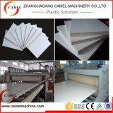 PVC/WPC a émulsionné chaîne de production de panneau/feuille de mousse à vendre