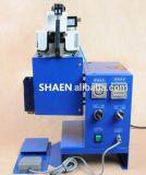 Machine-outil de puate d'étanchéité de modification de lentille de projecteur de Bi-Xénon de phare de véhicule, machine de fonte chaude de /Oci de puate d'étanchéité de modification