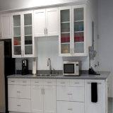 Os gabinetes de cozinha UV brancos os mais atrasados N15-5 do lustro de Bck Austrália