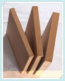 家具のキャビネットのための中国MDFのボードの使用