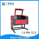 De mini Drinkbare Machine van het Knipsel en van de Gravure van de Laser voor Stof