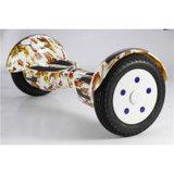 Nueva vespa eléctrica muy elegante de dos ruedas con el motor ligero