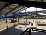 녹 페인트를 가진 가벼운 강철 구조물 창고