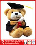 Urso macio da peluche do luxuoso para a graduação