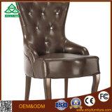 Hotelzimmer-Stuhl mit Höhen-Rückseite