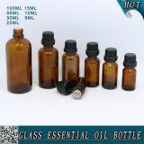 Bernsteinfarbige wesentliches Öl-Glasflasche mit schwarzer Plastikschutzkappe