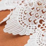 L40018衣服のための安い乳白色のレースの花デザイン化学レース