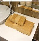 高品質の100%年の綿の星のホテルの浴室タオル