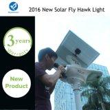 Lámpara solar inteligente del jardín de la calle del LED con el panel solar ajustable