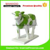 Estatua de la vaca de la Navidad del regalo de la porcelana de los niños para el rectángulo del ahorro