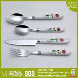 Couteau de fourche de cuillère de plastique chaud de vente du prix de gros et d'acier inoxydable