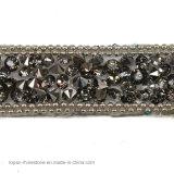 Hotfixの水晶巻き枠の鎖(TS-053黒ダイヤ)のビーズのラインストーンのトリムの鎖の鉄