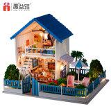Casa de muñeca grande del chalet del juguete de madera educativo
