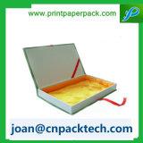 Cadre de papier de satin de bande de noeud coloré de guindineau