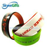 Wristband personalizzato del silicone di disegno per gli sport con i doppi colori