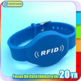 Club de forme physique de plastique de Sli de Je-Code d'IDENTIFICATION RF de billet de permission Writsband
