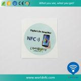 Étiquette réinscriptible de l'IDENTIFICATION RF adhésive faite sur commande petite NFC de collant