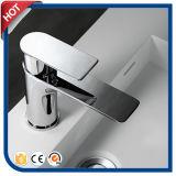 Grifo sanitario del lavabo de las mercancías de la calidad superior para el cuarto de baño
