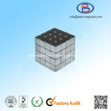 10X10X10高精度の小さい常置ネオジムの立方体の磁石