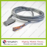 Hightの品質は蝶ねじが付いている販売法のSCSI 68 Pinケーブルを指示し、