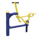 Im Freienübungs-Gerät Doppelt-Geräte strahlend gesund Mitfahrer