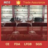 Taza curvada achispada de encargo del vidrio de vino para beber