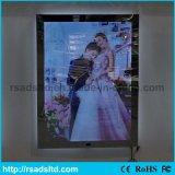 Taille de Customed annonçant le cadre en cristal d'éclairage LED à vendre