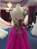Vestido de noiva de renda roxa para casamento com trem separado