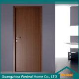 現代形成されるか、または同じ高さの白いアメリカのパネルの内部の固体木のドア(WDM-050)