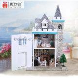 El cumpleaños de madera del mejor amigo del juguete del Dollhouse DIY del rompecabezas de Guangzhou 3D desea el castillo del claro de luna