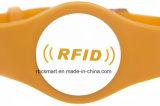 지능적인 ID 카드 소맷동이 접근 제한 실리콘 팔찌 RFID/NFC 칩에 의하여 표를 붙인다