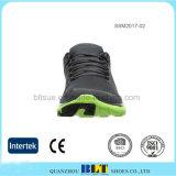 Les chaussures de course sportives des hommes supérieurs de maille en gros