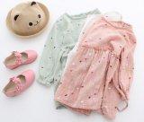 3 de Kinderen die van de kleur de Kleding van de Prinses van de PUNT van de Manier van de Meisjes van de Jonge geitjes van Rokken kleden