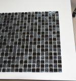 Плитка стены квадратной мозаики кристаллический стекла черноты смешивания смолаы формы декоративная
