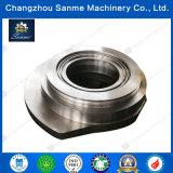 CNC que trabaja a máquina diversas clases de piezas del acero inoxidable
