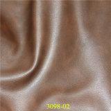 Piel artificial cómoda de la PU del material de materias textiles de Environmetal para los accesorios de los bolsos