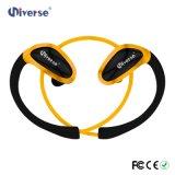 Los pequeños auriculares de Bluetooth impermeabilizan el receptor de cabeza de la radio del deporte