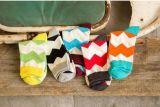 Neue Entwurfs-Süßigkeit-Farben-nette Kleid-Mannschafts-Socken
