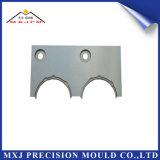 Parte di plastica del modanatura dello stampaggio ad iniezione del metallo per il movimento dell'automobile