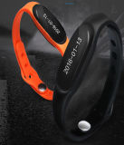 Pulsera del silicón con el Wristband elegante de la aptitud del Wristband del ritmo cardíaco