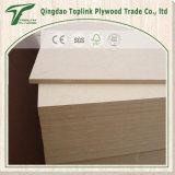 MDF sin procesar llano de la alta calidad/tarjeta de madera del MDF del grano