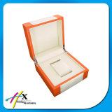 Kundenspezifischer hölzerner Uhr-Kasten mit Kissen