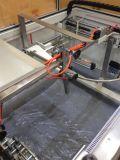 機械を紐で縛ることの自動上の折り畳み式ボール箱のシーラー