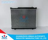 El radiador de aluminio del coche ajustó para el grande sistema 2000 de enfriamiento de motor del cambiador de calor del automóvil del escudo 17700 de Suzuki
